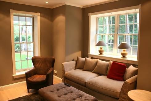 ห้องสันทนาการ by THE WHITE HOUSE american dream homes gmbh