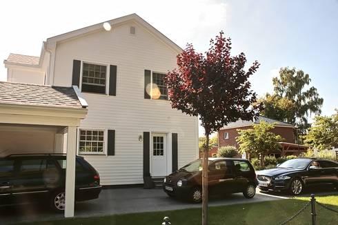 JAMES NR linke Seite: klassische Häuser von THE WHITE HOUSE american dream homes gmbh