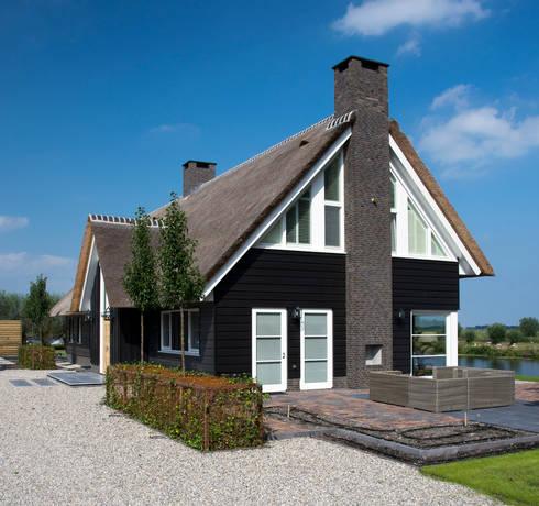 Landelijk wonen in Soest 003: landelijke Huizen door Building Design Architectuur