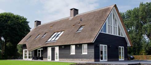 Landelijk wonen in Soest 006: landelijke Huizen door Building Design Architectuur