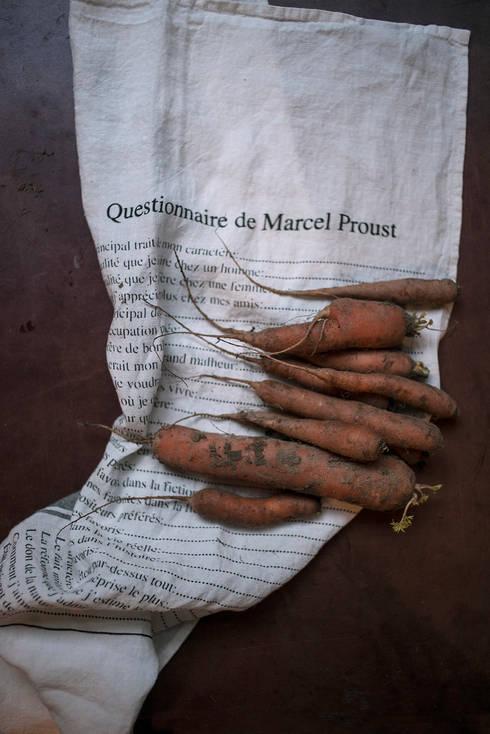 Marcel: Cuisine de style de style Rustique par Série limitée LOUISE