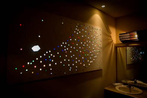 Rest room 東の厠1: TAKA建築設計室が手掛けたホテルです。
