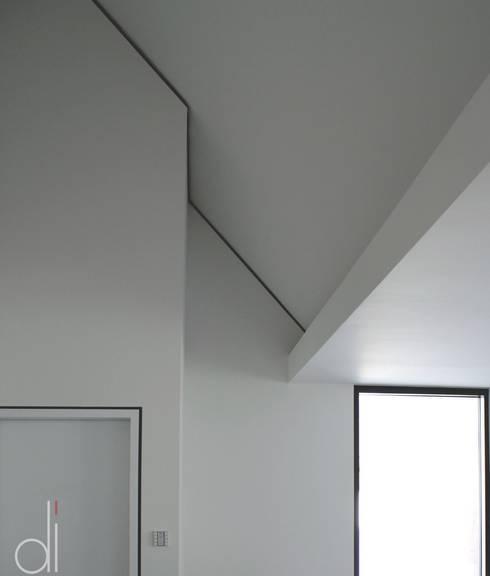 Corridor & hallway by di architekturbüro