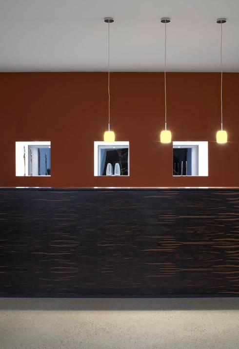 Empfangstresen Architekturbüro:  Arbeitszimmer von Dipl.-Ing. Michael Schöllhammer, freier Architekt