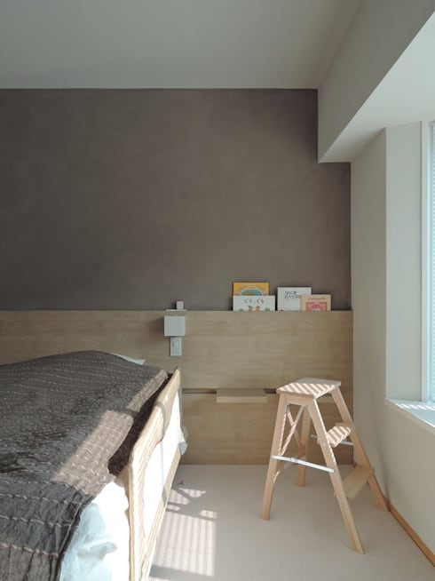 ステージのある家 すくすくリノベーション vol.4: 株式会社エキップが手掛けた寝室です。