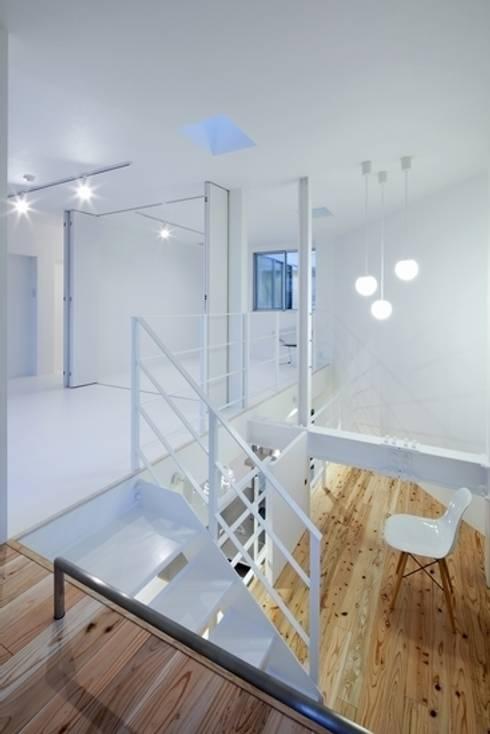 Y-house: 有限会社アルキプラス建築事務所が手掛けた和室です。