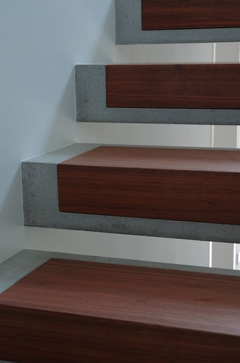 modern Corridor, hallway & stairs by Stuart Stadler Architekten VfA