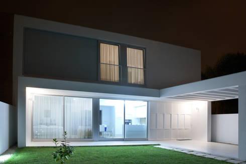 Casa em S. Salvador: Casas clássicas por m2.senos