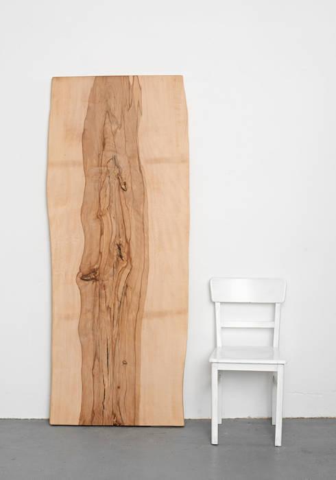 besondere tisch und arbeitsplatten von holzgeschichten homify. Black Bedroom Furniture Sets. Home Design Ideas
