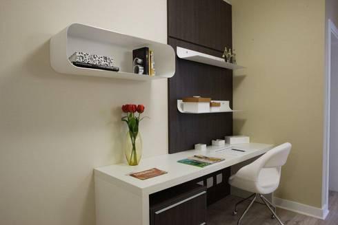 Projeto arquitetônico do apartamento decorado do Porto Atlantico.: Escritórios  por ArchDesign STUDIO