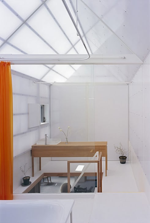 山崎町の住居: 島田陽建築設計事務所/Tato Architectsが手掛けた浴室です。
