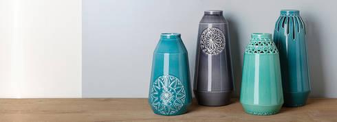 Vases by Douwe & Wiebren: moderne Woonkamer door ANNY&