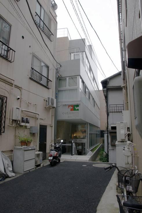 高津の動物病院 / 住宅: abanba inc.が手掛けた商業空間です。
