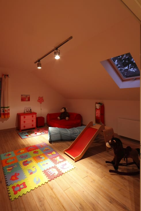 Dom Widzewska: styl , w kategorii Pokój dziecięcy zaprojektowany przez REFORM Konrad Grodziński