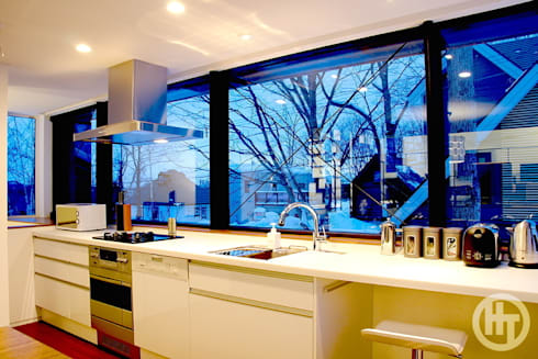 KEIKOKU: ヒココニシアーキテクチュア株式会社が手掛けたキッチンです。