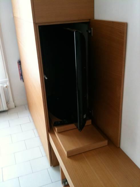 conception meuble tv sur mesure par architectures homify. Black Bedroom Furniture Sets. Home Design Ideas
