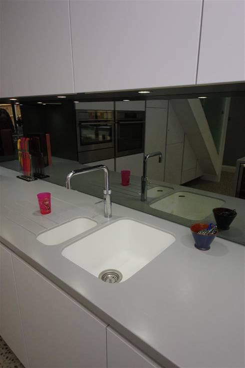 Kitchen by PTC Kitchens