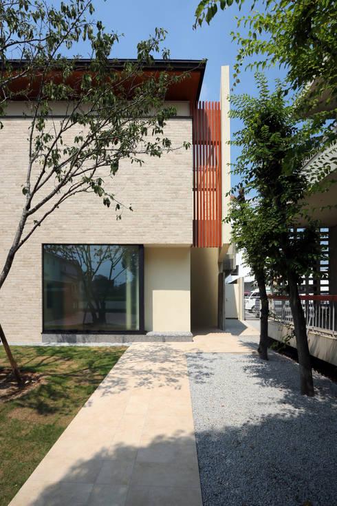 HOME-KS: atelier raumが手掛けた家です。