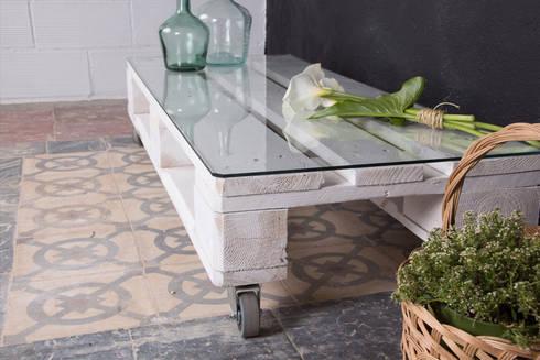 RUSELL mesa palets. 120x47cm, 1 altura: Hogar de estilo  de ECOdECO Mobiliario