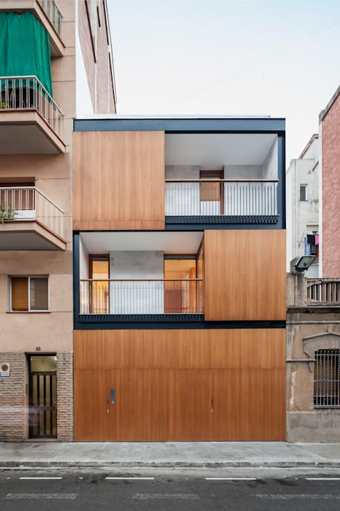Casa CP: Casas de estilo minimalista de Alventosa Morell Arquitectes