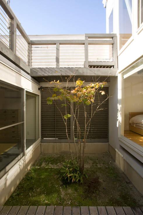 メロディーが囁く家: ジェイ石田アソシエイツが手掛けた庭です。