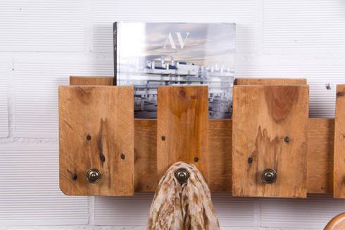 POSETS perchero palets. 80cm.: Hogar de estilo  de ECOdECO Mobiliario