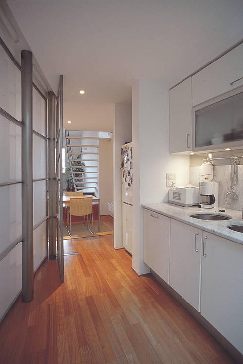 Appartamento sottotetto nel centro di firenze di arcabi - Centro cucina firenze ...