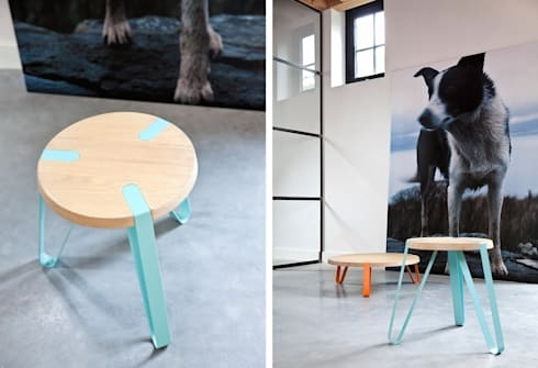 Level Cyaan en Oranje - Ø70cm - Hoogte 23cm + Ø40cm - Hoogte 45cm: moderne Woonkamer door DesignStudioVandaag