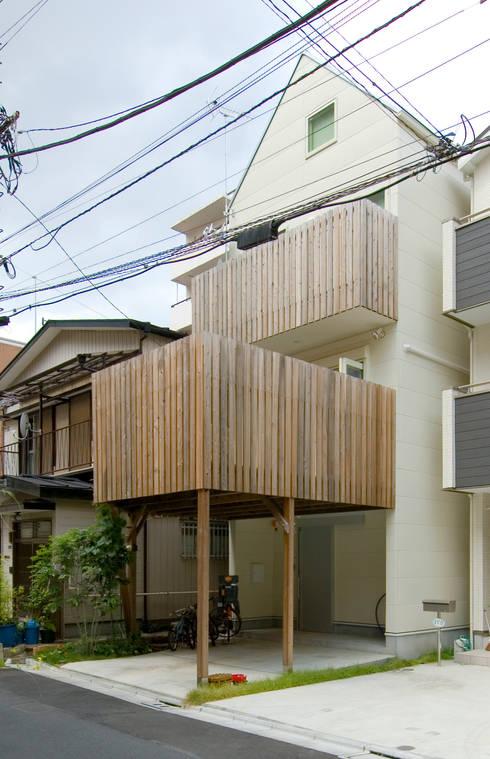 外観2: 山本陽一建築設計事務所が手掛けた家です。