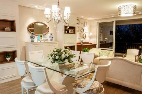 Residencial 29: Salas de jantar clássicas por Apê 102 Arquitetura