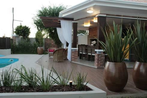Projeto Varanda: Terraços  por Apê 102 Arquitetura