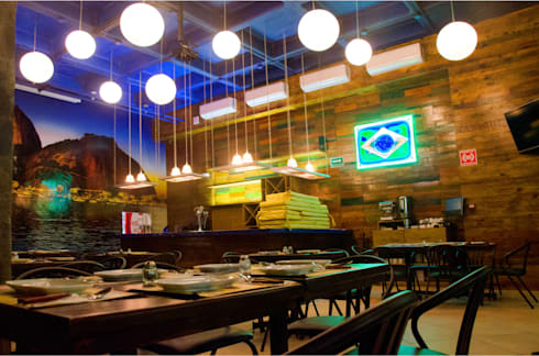 Restaurant Brasileño: Bares y discotecas de estilo  por Ok Designs