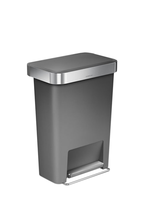 55 litre rectangular pedal bin  with liner pocket: modern Kitchen by simplehuman