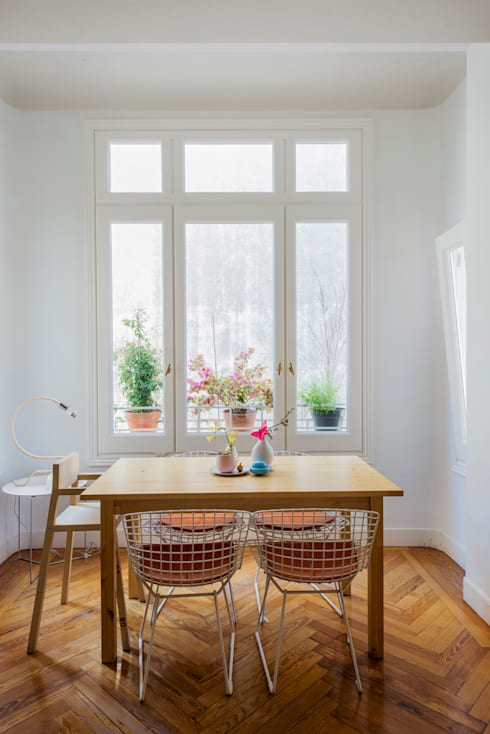 Vivienda zona plaza de Olavide, Madrid: Salones de estilo escandinavo de nimú equipo de diseño