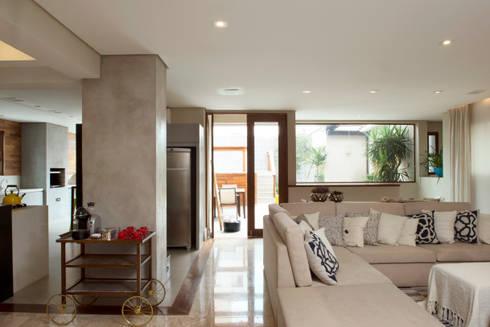 Cozinha :   por Lembi Arquitetura
