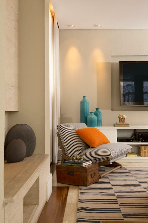 Sala de TV 04:   por Lembi Arquitetura