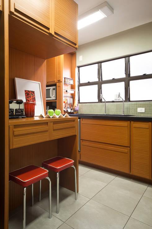 Cozinha:   por Lembi Arquitetura