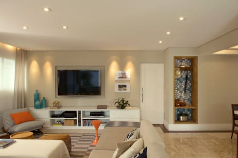 Sala de TV :   por Lembi Arquitetura