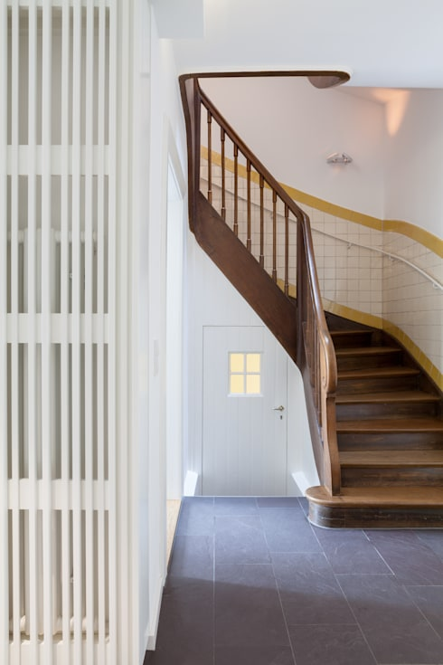 Wohnhaus, München Nymphenburg:  Flur & Diele von Löffler Weber | Architekten