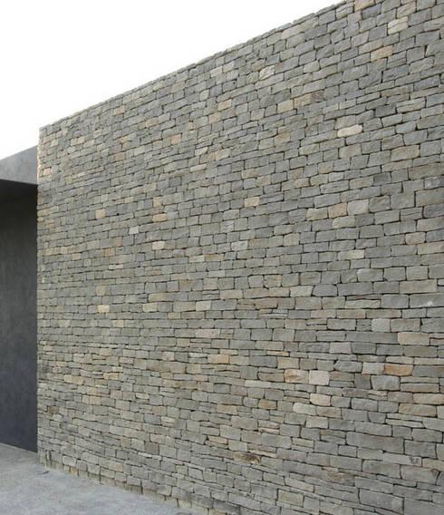 Piedra Laja: Casas de estilo moderno por Piedra Serena