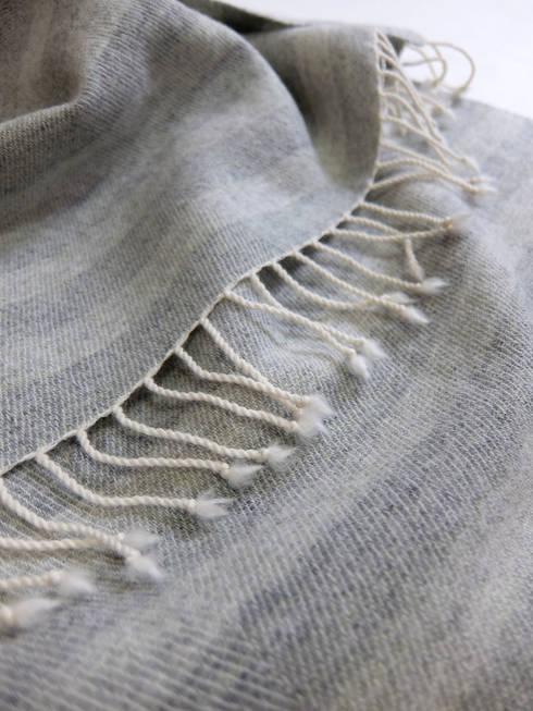 『ぼんやりした布 その2』: 布きれ・やました 山下枝梨子が手掛けた家庭用品です。
