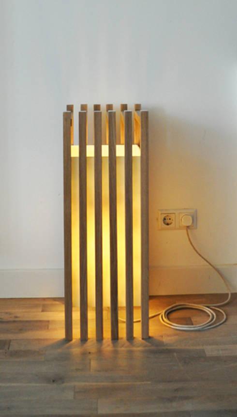 Staande lamp Hakki: minimalistische Woonkamer door NokNok