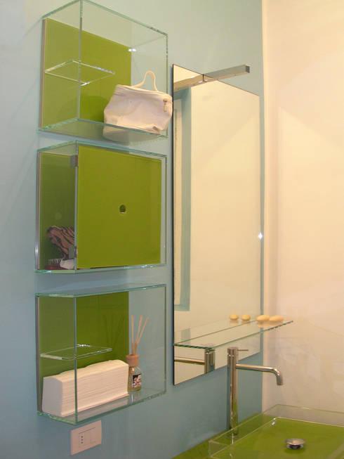 minimalistic Bathroom by FAdesign