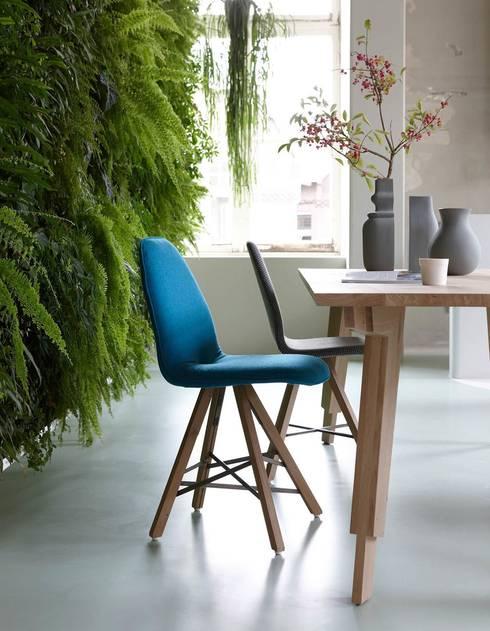Detail tafelpoot Swan: moderne Eetkamer door Marc Th. van der Voorn
