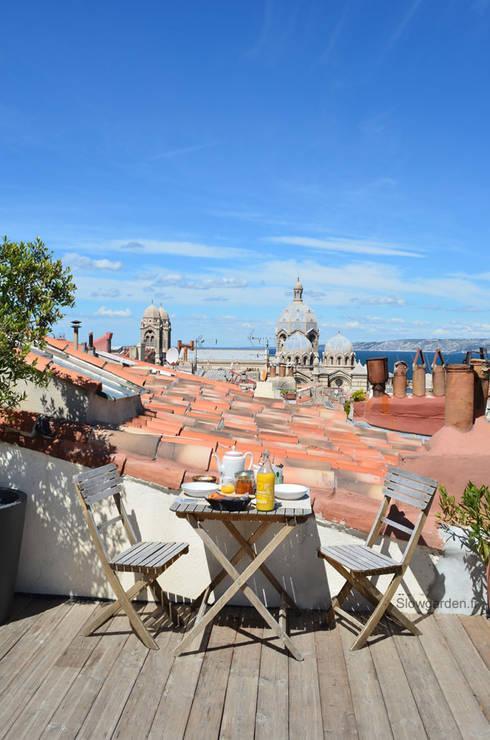 Toit terrasse à Marseille: Hôtels de style  par Slowgarden