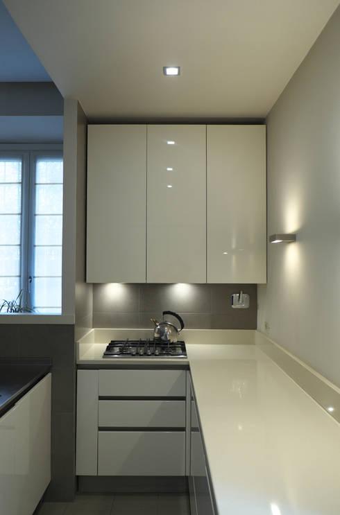 La cucina : Cucina in stile  di lastArch - lattanzistatellaArchitetti