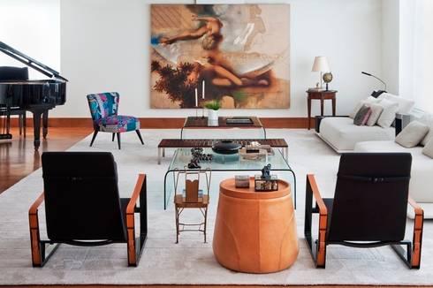 Apto. Jardim Paulistano – <q>Atemporal</q>: Salas de estar modernas por AMMA PROJETOS