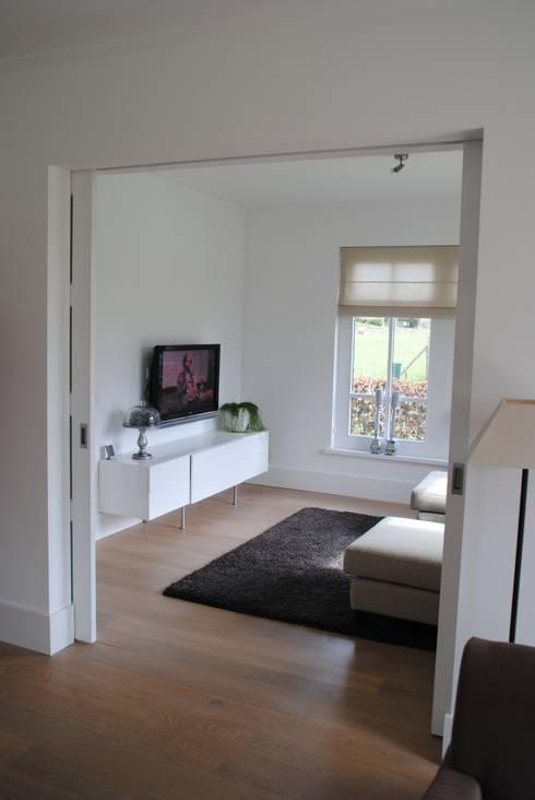 Projekty,  Salon zaprojektowane przez halma-architecten