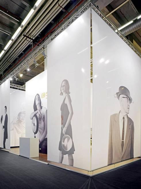 Centros de exhibiciones de estilo  por Gerdes - Gruppe