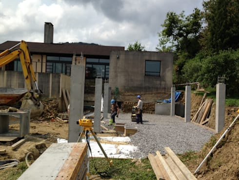 Antes de la Rehabilitacion: Casas de estilo moderno de DECONS  GKAO S.L.